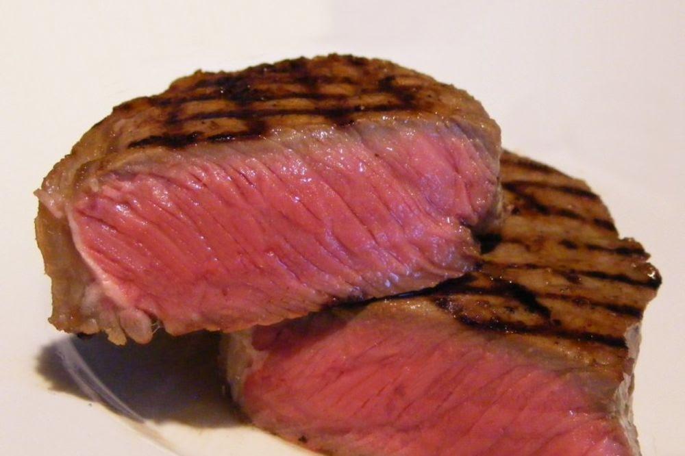 Biftek foto Wikipedia