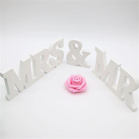 1 Set MR & MRS Wooden Letters Wedding Table Decoration