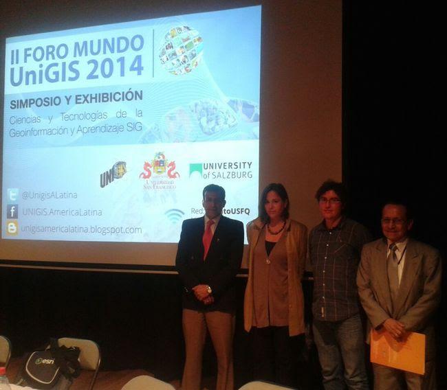Miembros de la mesa de GIS y OT. Foto de Pablo Ordoñez