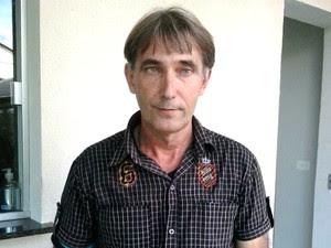 Pai de Ken Humano disse que não tem intenção de mudar filho de hospital (Foto: Célio Antônio/Arquivo Pessoal)