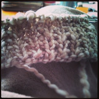 Lazy Sundays are for football and #knitting Just cast on a quick knit Christmas gift #bulky #yarn #JaegerNaturalFleece