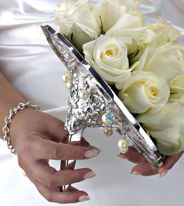 Bridal Bouquet Holders Inc Flirty Fleurs The Florist Blog Inspiration For Floral Designers