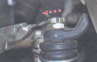 статья про Замена рулевых тяг на автомобиле ВАЗ 2106
