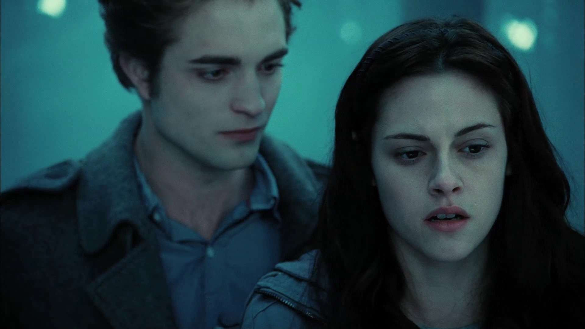 View Of Edward And Bella In Twilight Wallpaper Hd Wallpapers