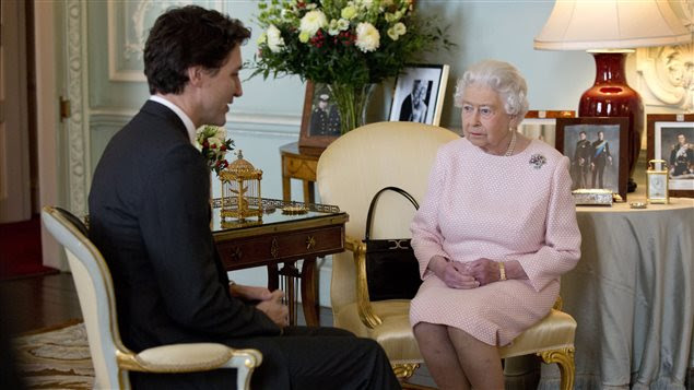 Le premier ministre canadien, Justin Trudeau, a rencontré la reine Elizabeth à Londres.