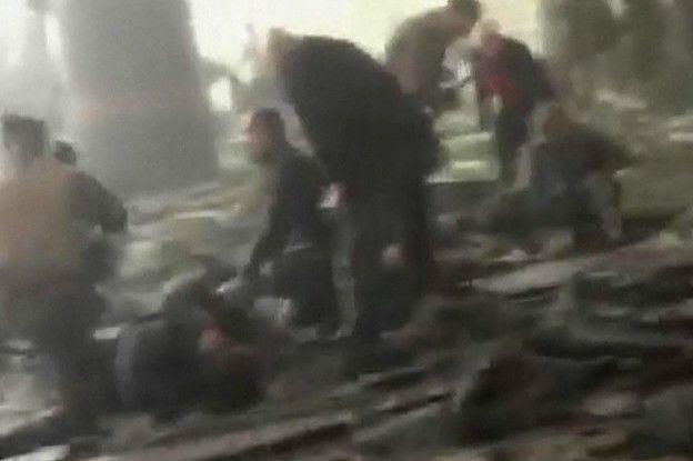 http://ichef.bbci.co.uk/news/ws/624/amz/worldservice/live/assets/images/2016/03/22/160322160845_imagenes_bruselas_atentados_metro_aeropuerto_624x415_afp_nocredit.jpg