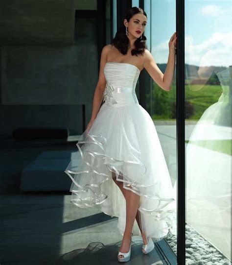 Short in front / long in back Wedding dresses