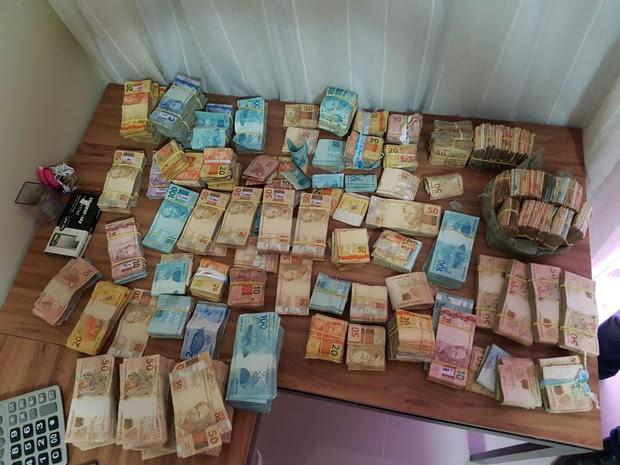 Com o bandido foram encontrados cerca de R$ 300 mil em espécie (Foto: Divulgação/Governo do RN)