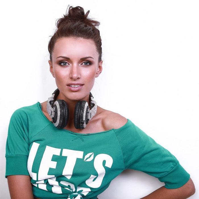 Татьяна Лукашенко - белорусская певица и диджей. фото