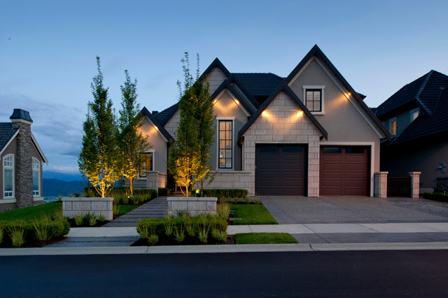 17 Classic Traditional Home Exterior Designs Youll Adore
