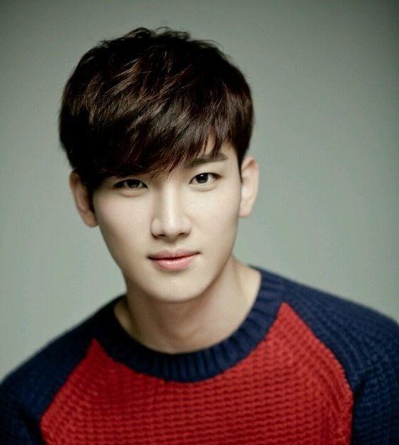 17+ Style Rambut Korea Pendek Cowok, Inspirasi Terkini!
