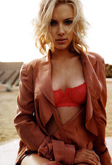 Scarlett_Johansson_Esquire003