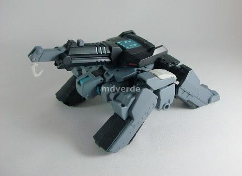Transformers Shockwave Animated Voyager - modo Autobot Longarm grúa