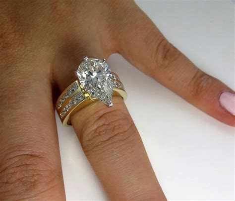 Estate Vintage 4.51ctw EGL USA Wide PEAR Diamond