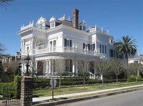 Restored, Luxury Mansion in Historic Savannah