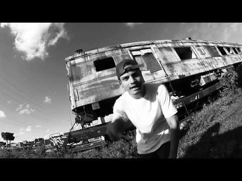 Apache ft Lil Supa' - Aquí Estamos (Video) | Venezuela | 2015