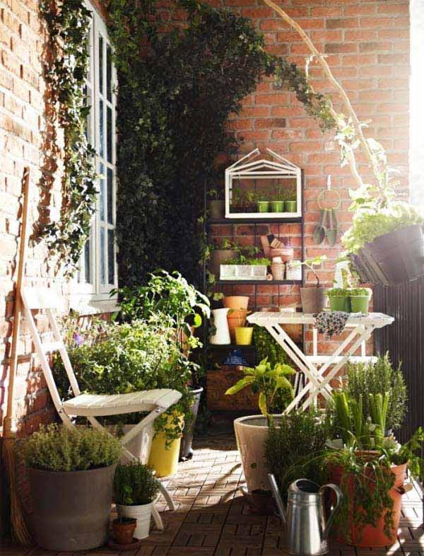 Small-Balcony-Garden-ideas-19