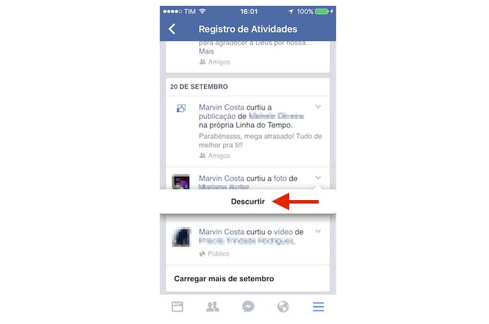 Descurtindo uma publicação do Facebook pelo iPhone (Foto: Reprodução/Marvin Costa)
