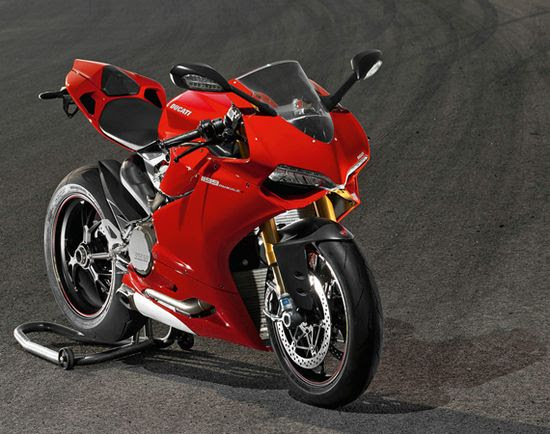 2012 Ducati 1199 Panigale Superbike Top 10 Fastest Super Bikes of 2012