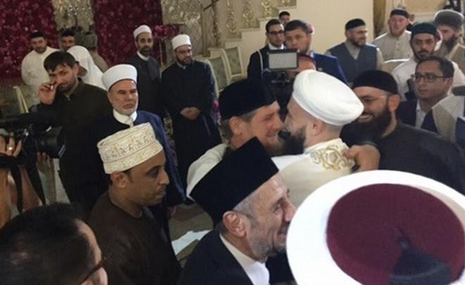 В гостях у Рамзана: с какой целью глава Чечни собрал в Грозном исламский истеблишмент России?