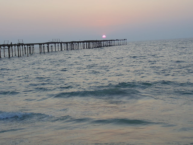 sunset at alleppey beach