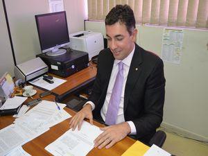 Promotor revela que tenente tem condenação por assalto  (Foto: Flávio Antunes/G1 SE)