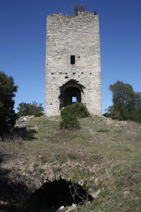 ower of the Arganzón castle, built circa 1000.