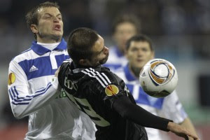 Олег Гусев в матче Лиги Европы с Бешикташем