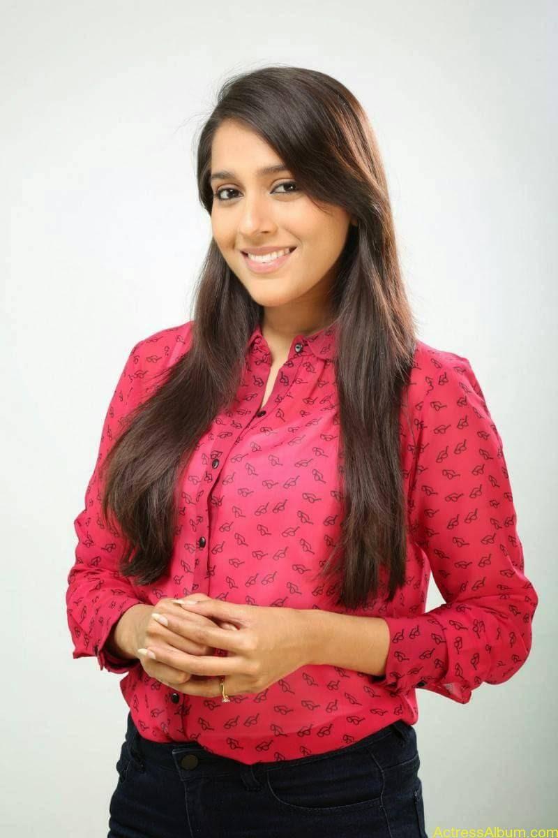 Rashmi Gautam Hot pink dress 3