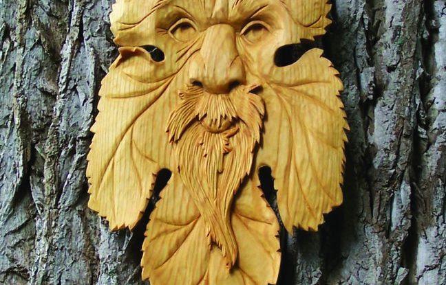 Cortar em volta da barba adiciona sombra e profundidade.