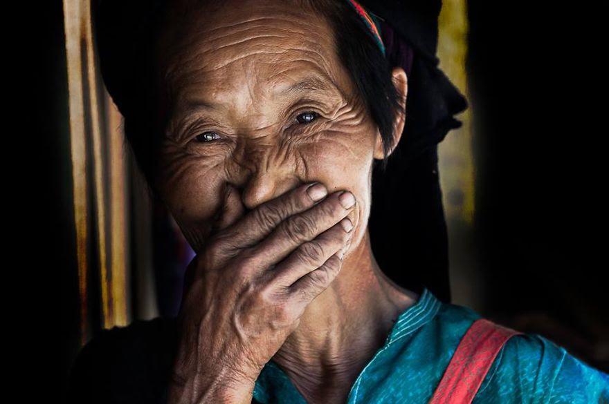 retratos-sonrisas-escondidas-rehahn-vietnam (10)