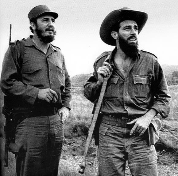 Fidel y Camilo en la Sierra Maestra.