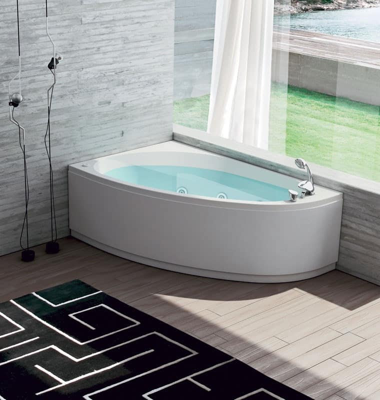 Bathtub with air regulation, 6 whirlpool jets | IDFdesign