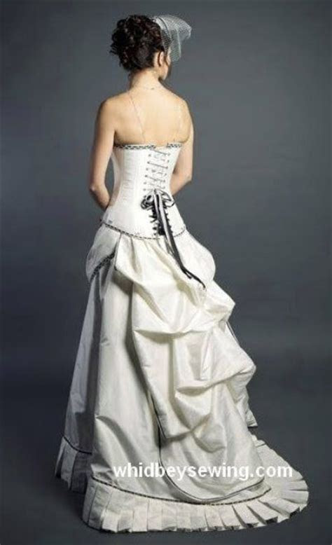 Best 25  Victorian wedding dresses ideas on Pinterest