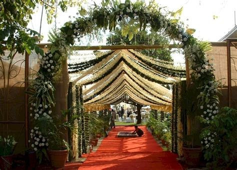 Traditional Indian Wedding Entrance Decorations ? OOSILE
