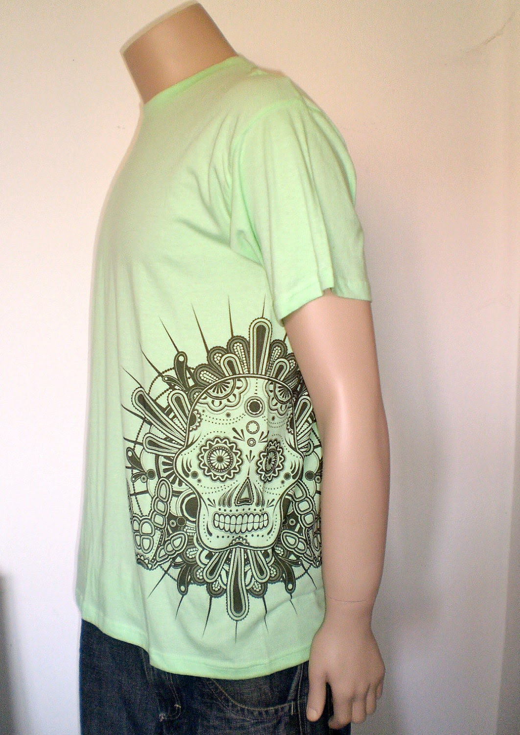Printed T-shirt for men - mint tee - with sugar skull on the left side
