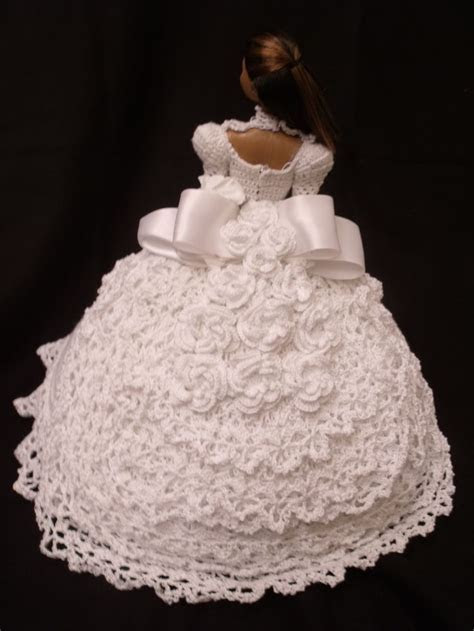Crocheted Barbie doll Wedding Gown   Doll Clothes