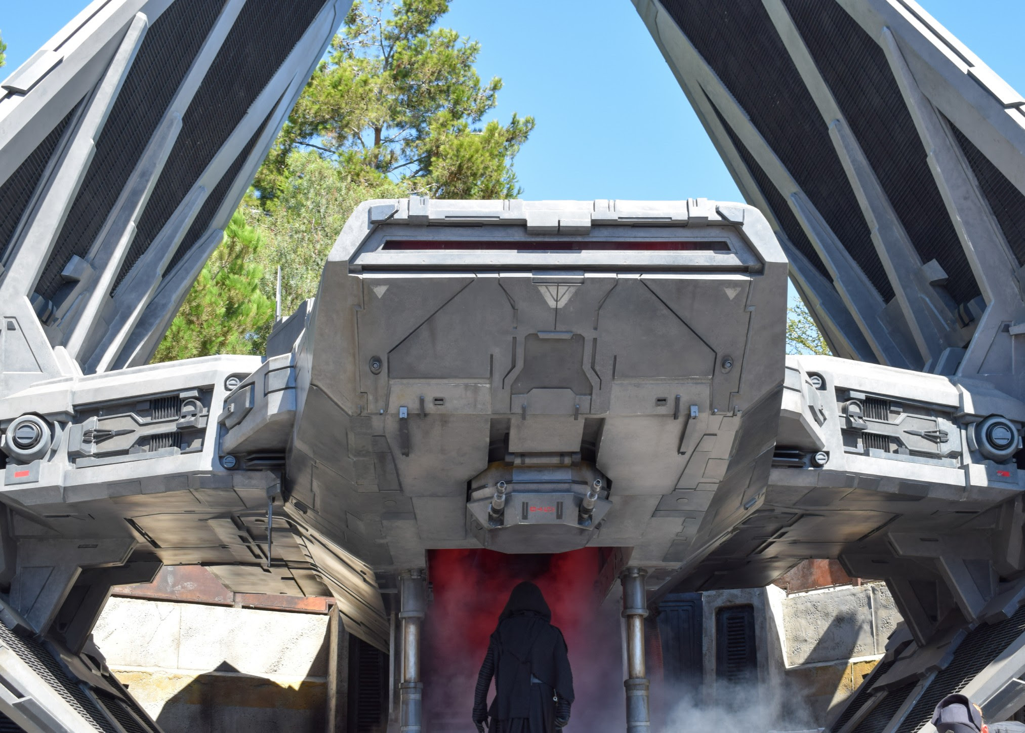 Star Wars: Galaxy's Edge - First Time Visit Guide | Anakin and His Angel