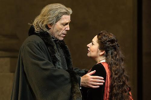 Thomas Hampson as Simon Boccanegra and Hibla Gerzmava as Amelia Grimaldi in Simon Boccanegra © ROH / Clive Barda 2013