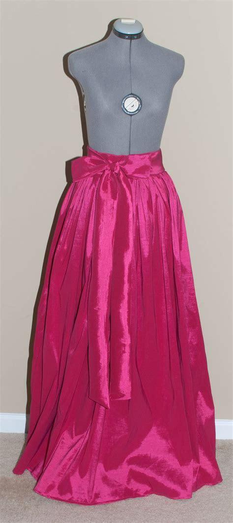 Best 25  Ball skirt ideas on Pinterest   Full skirt outfit