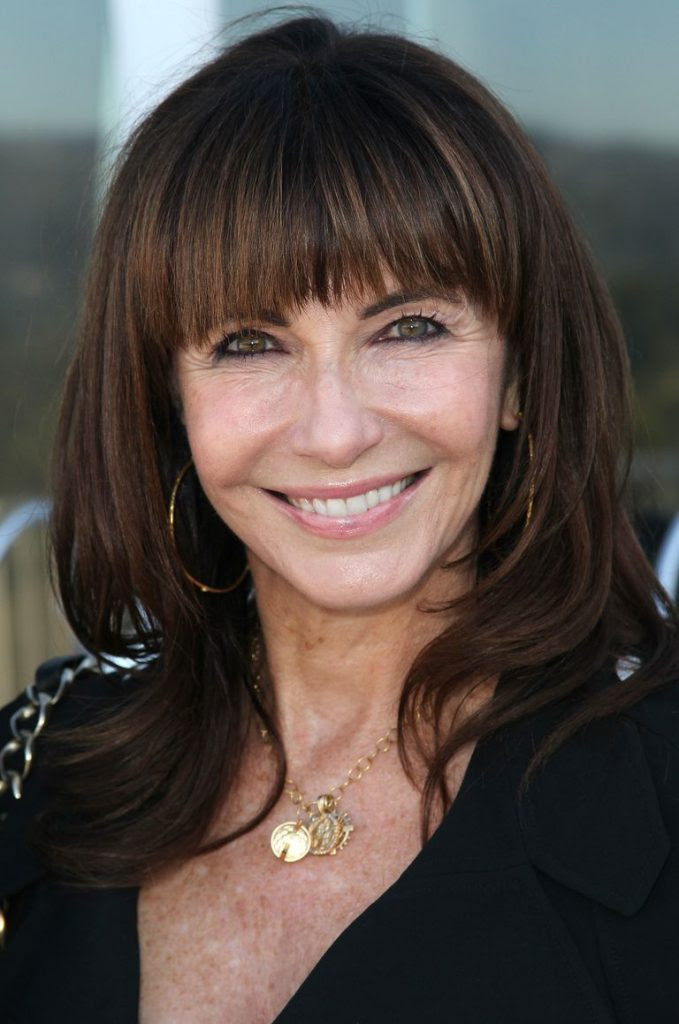 32 Hairstyles for Women Over 60 To Look Stylish - Haircuts ...