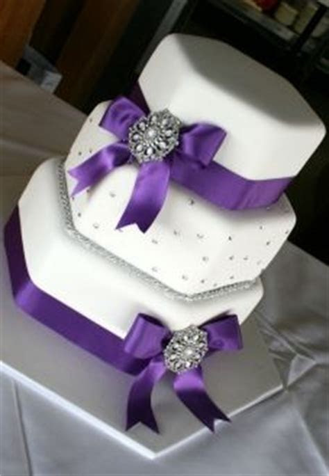 Hexagon Wedding Cake on Pinterest   Quilted Wedding Cakes