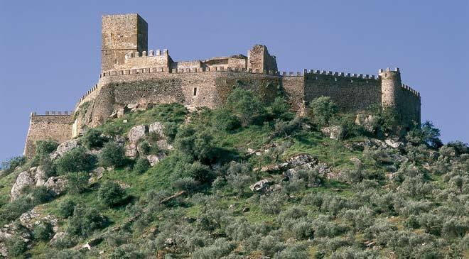 Castillo de Alconchel © Turespaña