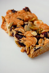 blueberry museli bars© by Haalo