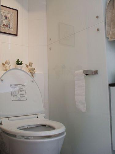 "Guest Toilet - ""Business"" Area"