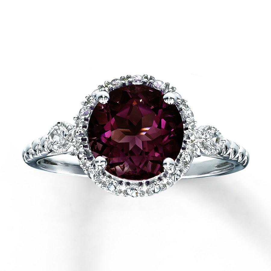 Earrings: garnet ring