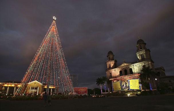 Gallery Christmas lights: Managua