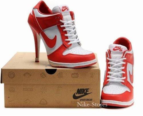 http://urbanwasabi.files.wordpress.com/2011/02/chaussures-nike-a-talons-1.jpg
