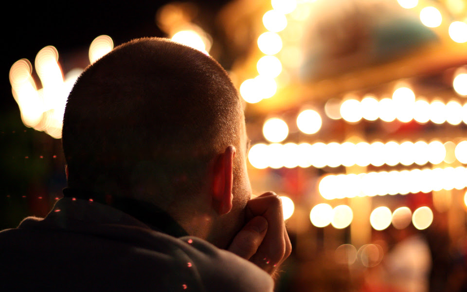 pondering with bokeh