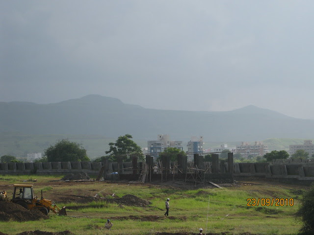 Tata Inora Park - Katraj Saswad State Highway - Undri Pune - Construction of compound wall begins!